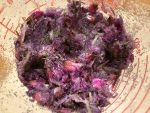 flower-sugar paste